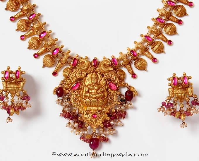 Gold-temple-necklace-set-png-adgil-jewellers