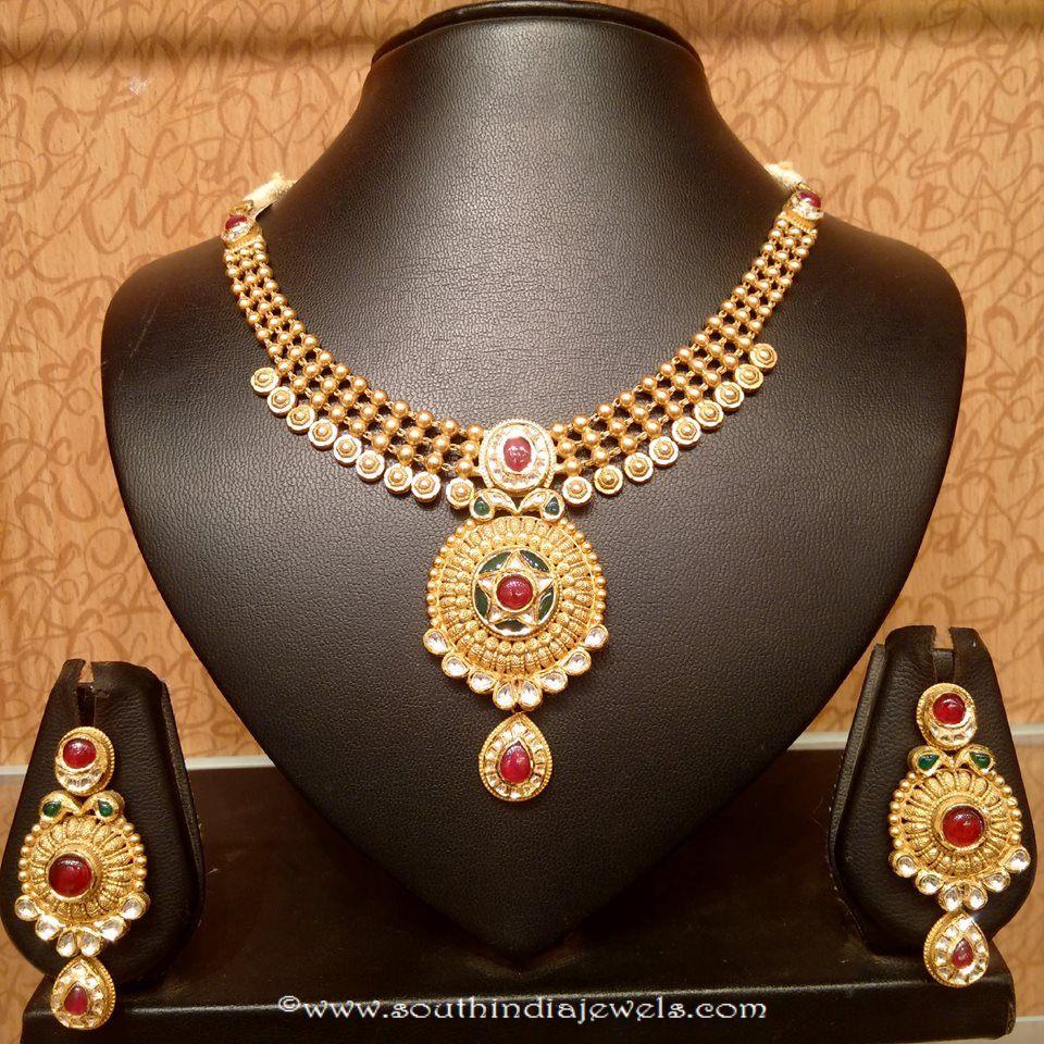 Light Weight Kundan Necklace Set From Naj Jewellery