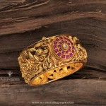 22K Gold Antique Bangle From Karpagam Jewellers