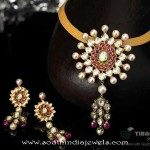 Gold Kundan Short Necklace