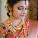 Bride in Gold Temple Jewellery