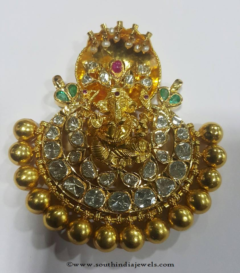 Gold Pachi uncut Pendant Designs