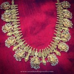 Antique Pearl Necklace from Parnicaa