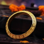 Latest Designer Gold Bangle From Manubhai