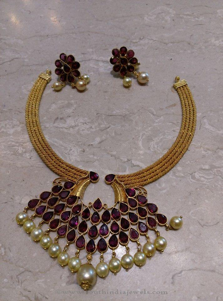 Simple Gold Short Necklace