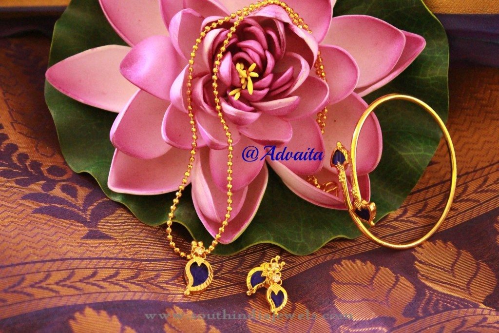 Gold Plated Blue Mango Pendant Set from Advaita