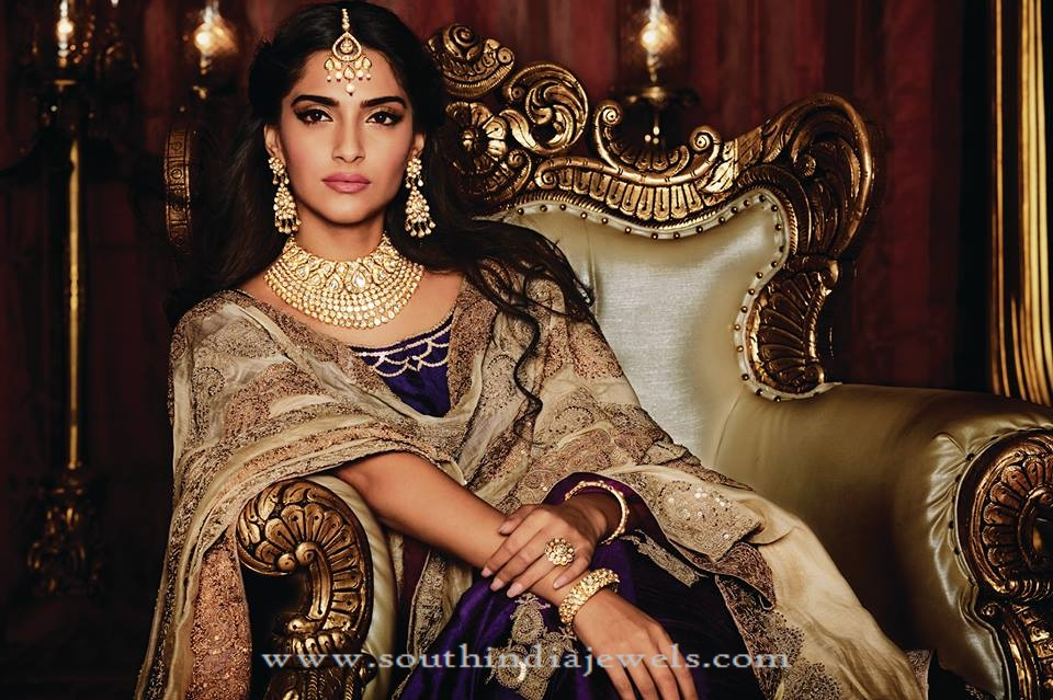 Sonam Kapoor in Kalyan Jewellers's Kundan Jewellery