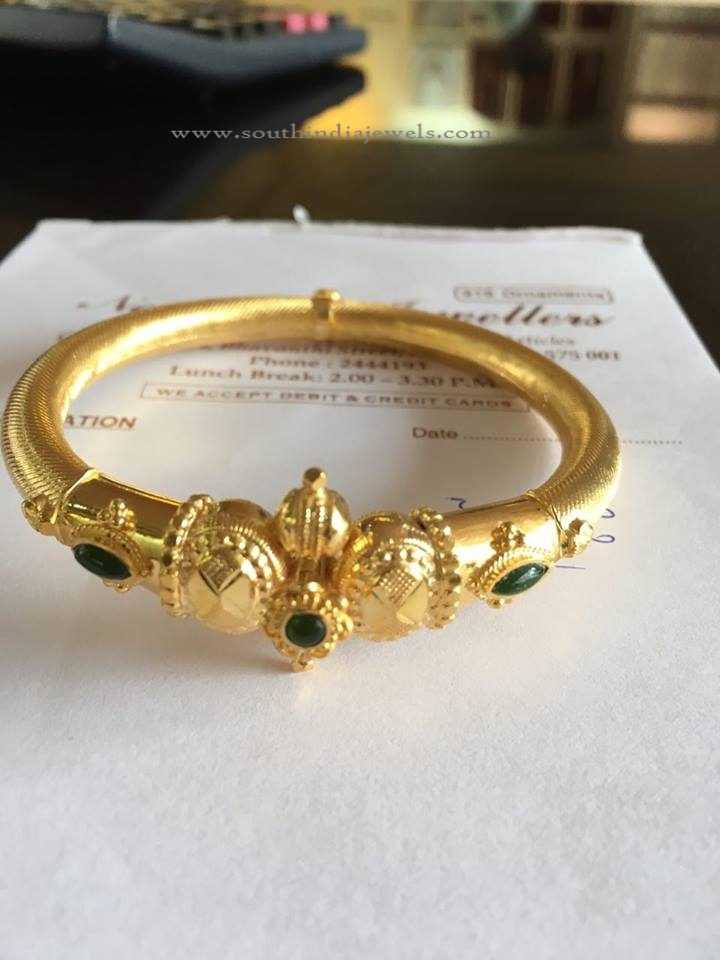 16 Grams Gold Bangle Design