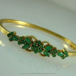 Gold Emerald Bracelet Design