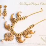 Gold Puligoru Necklace Set