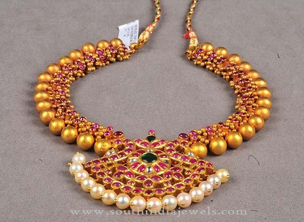 Latest Model Gold Antique Necklace 2016