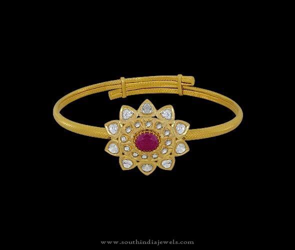 Simple Gold Kundan Bracelet