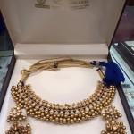 Gold Antique Tussi Necklace Set