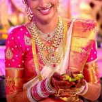 Bride in Gorgeous Gold Jewellery