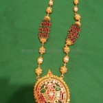 Gold Antique Chain Necklace Design
