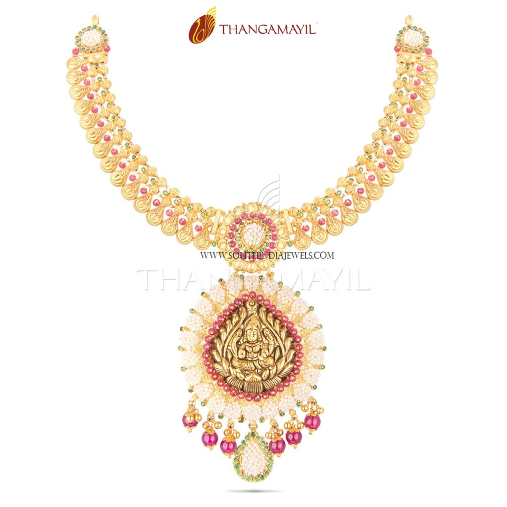 22K Gold Temple Lakshmi Necklace from Thangamayil