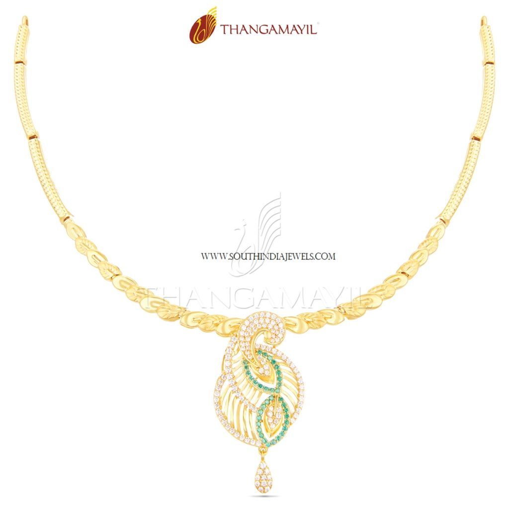 Gold Short Necklace With Stone Pendant