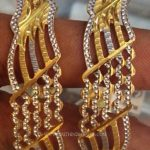 40 Grams Gold Bangle Model
