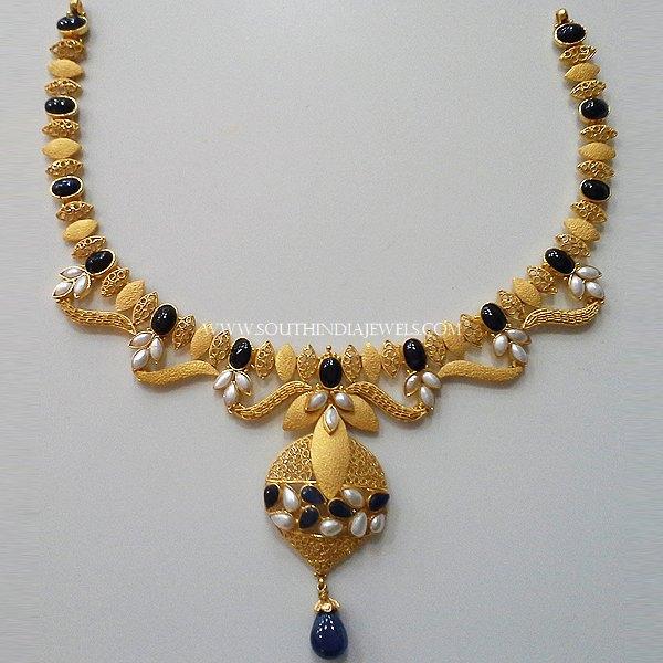 Matt Finish Gold Pearl Necklace