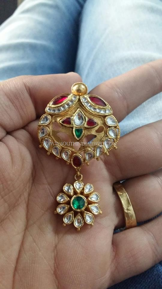 Gold Kundan Pendant Design