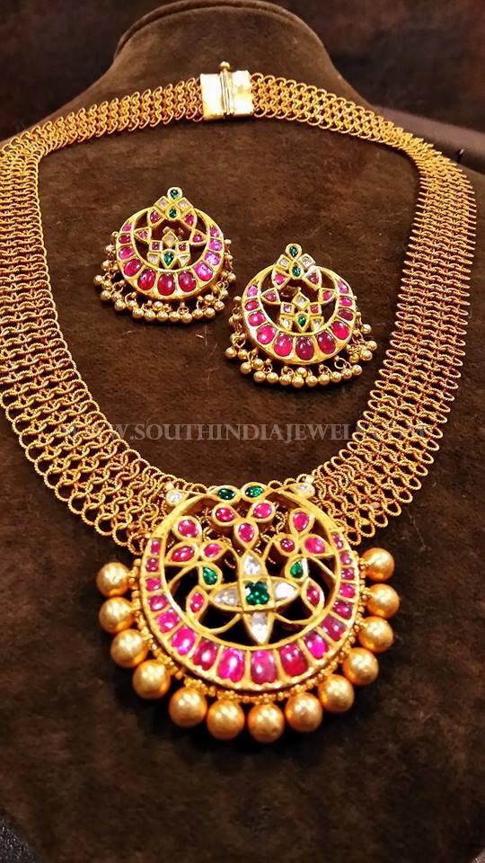 130 Gram Gold Antique Necklace Model