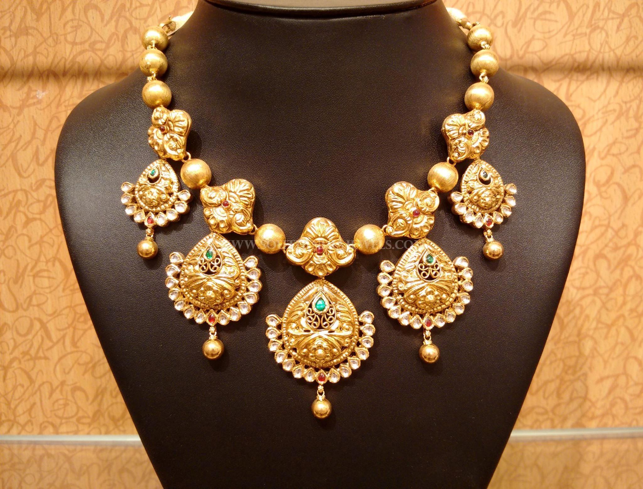 Gold Light Weight Antique Kundan Neckalce Design