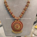 Gold Antique Short Necklace With Ruby Pendant