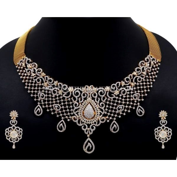 Gold Diamond Necklace Set From Dinesh Jewellers
