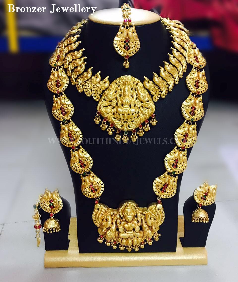 Matt Finish Bridal Antique Jewellery Design