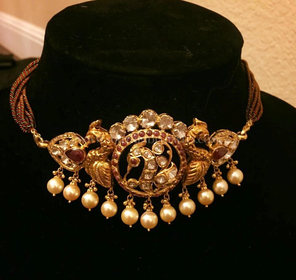 Short Antique Choker Necklace Design