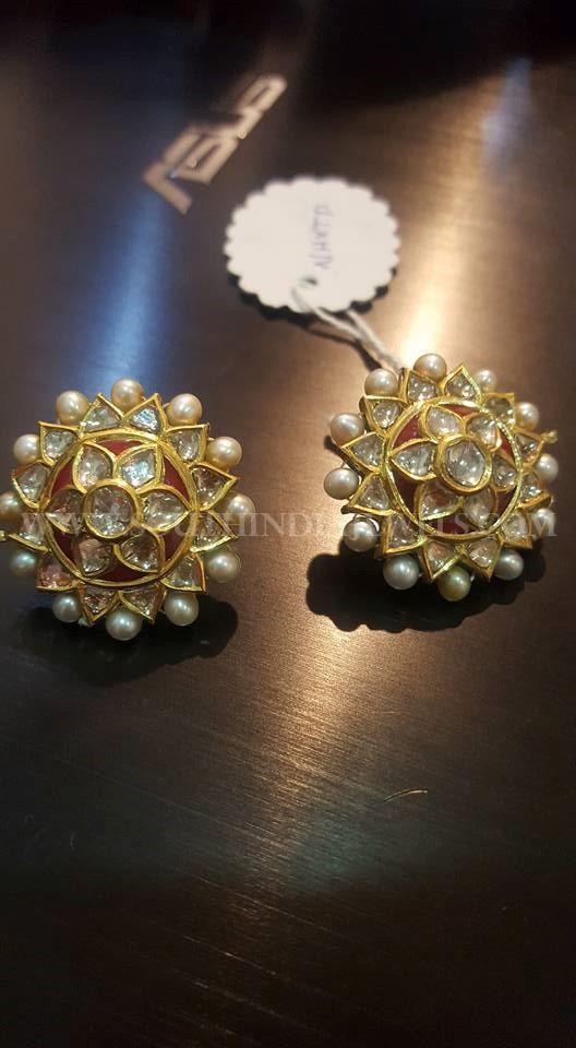 Bold Gold Ear Stud Design