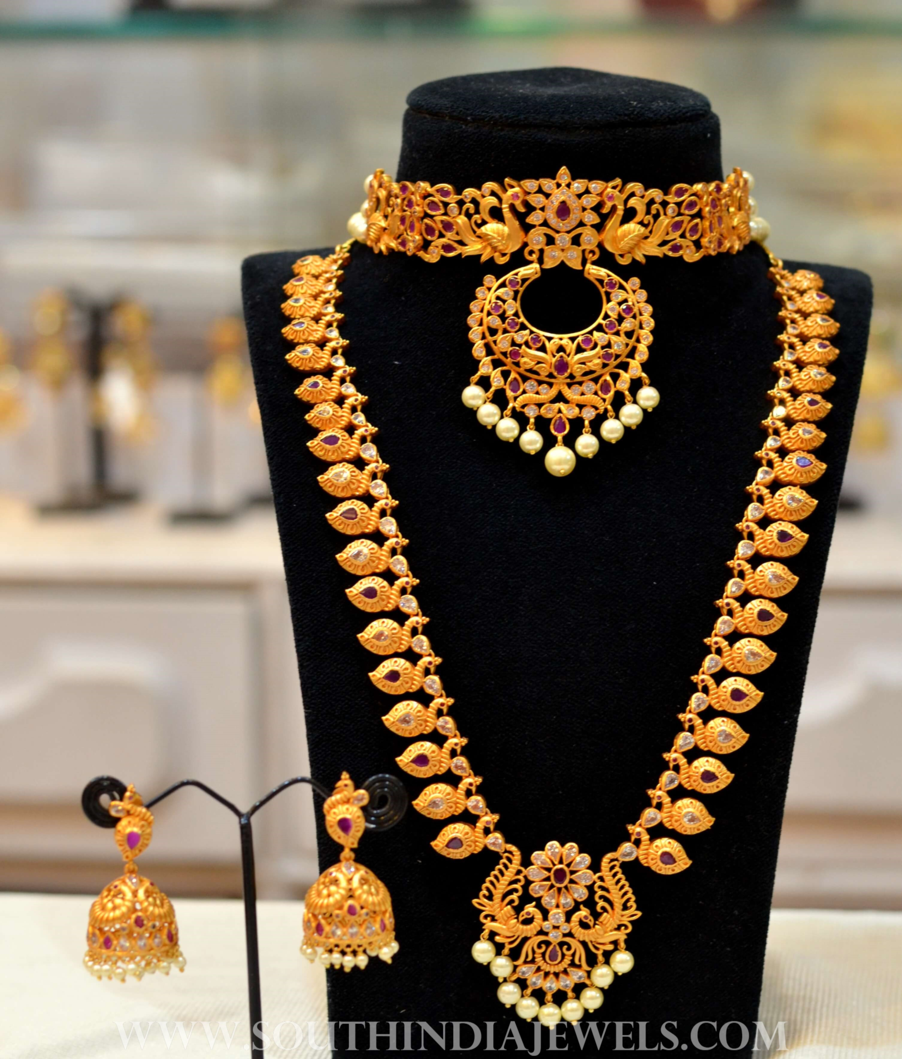 25 Stunning South Indian Jewellery Designs From Our Catalogue South India Jewels,Modern Style Granite Kitchen Platform Design Images