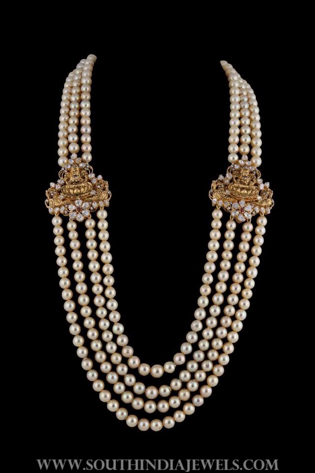 Pearl Mala With Antique Side Locket