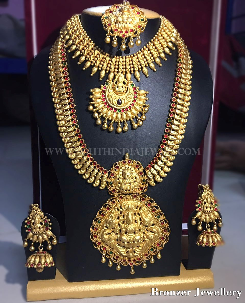 Temple Jewellery Available For Rent