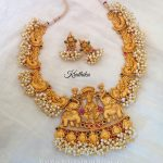 Matt Finish Antique Pearl Necklace Model