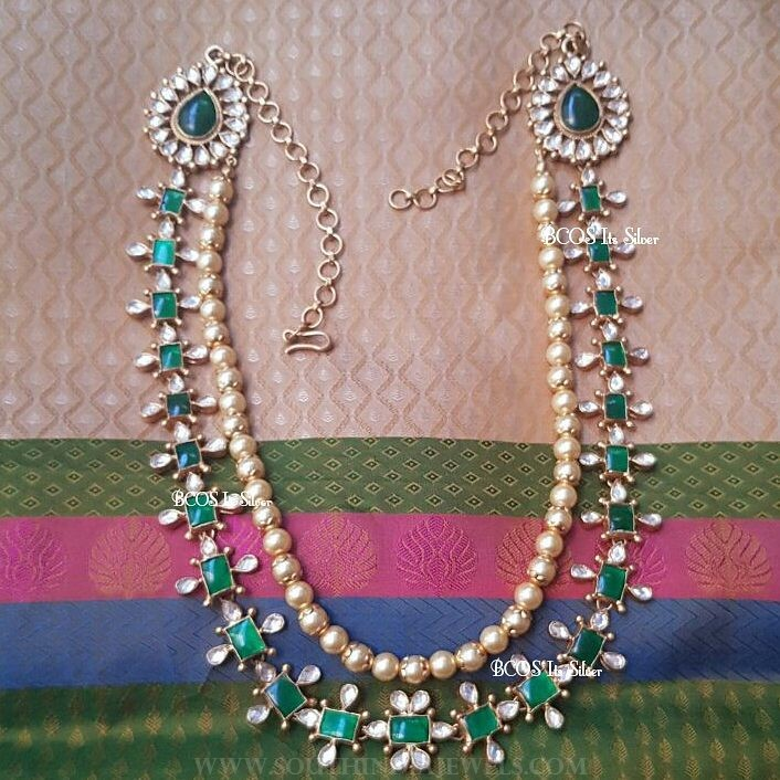 Gold plated kundan emerald necklace bcos its silver