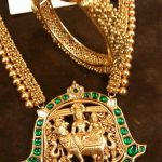 Gold Antique Emerald Temple Jewellery From Jewels India Antique Shopee
