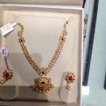 Gold Uncut Necklace From Premraj Shantilal Jain