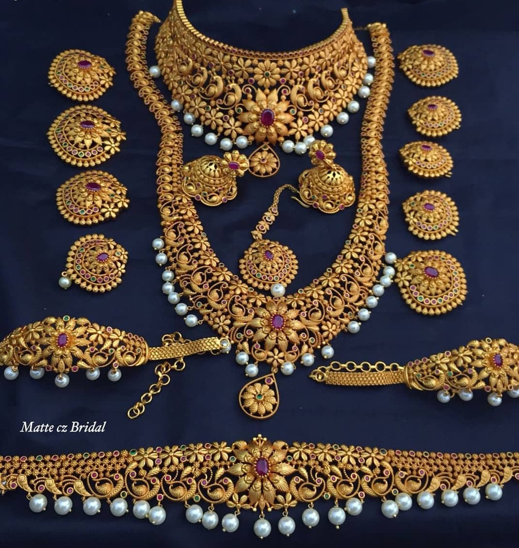 Matt finish imitation bridal set dhruvam