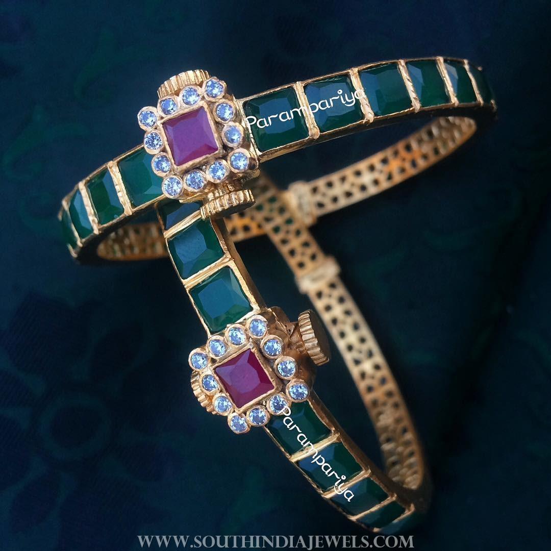 Pure silver gold plated emerald bangle parampariya