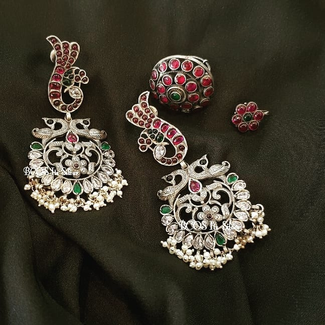 silver Kemp earrings with water pearls Bcos Its Silver