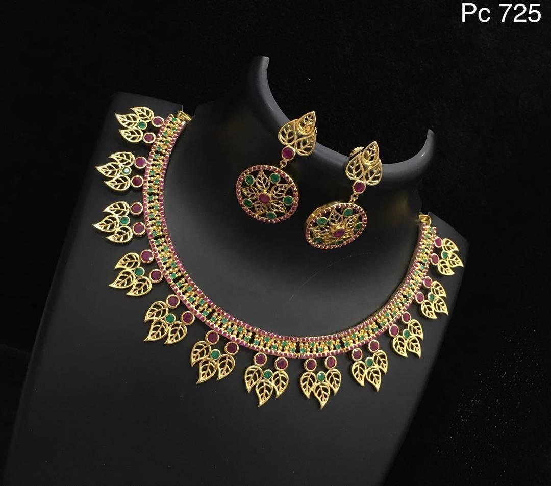Designer Necklace Set From Alamakara