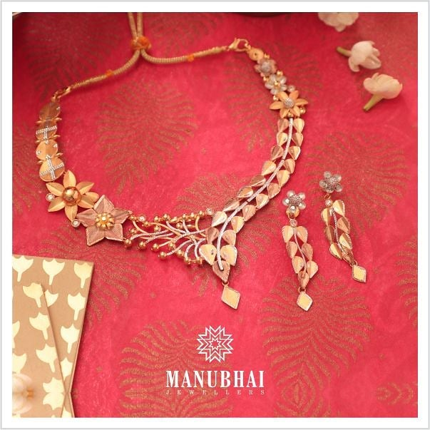 Fancy Gold Necklace From Manubhai jewels