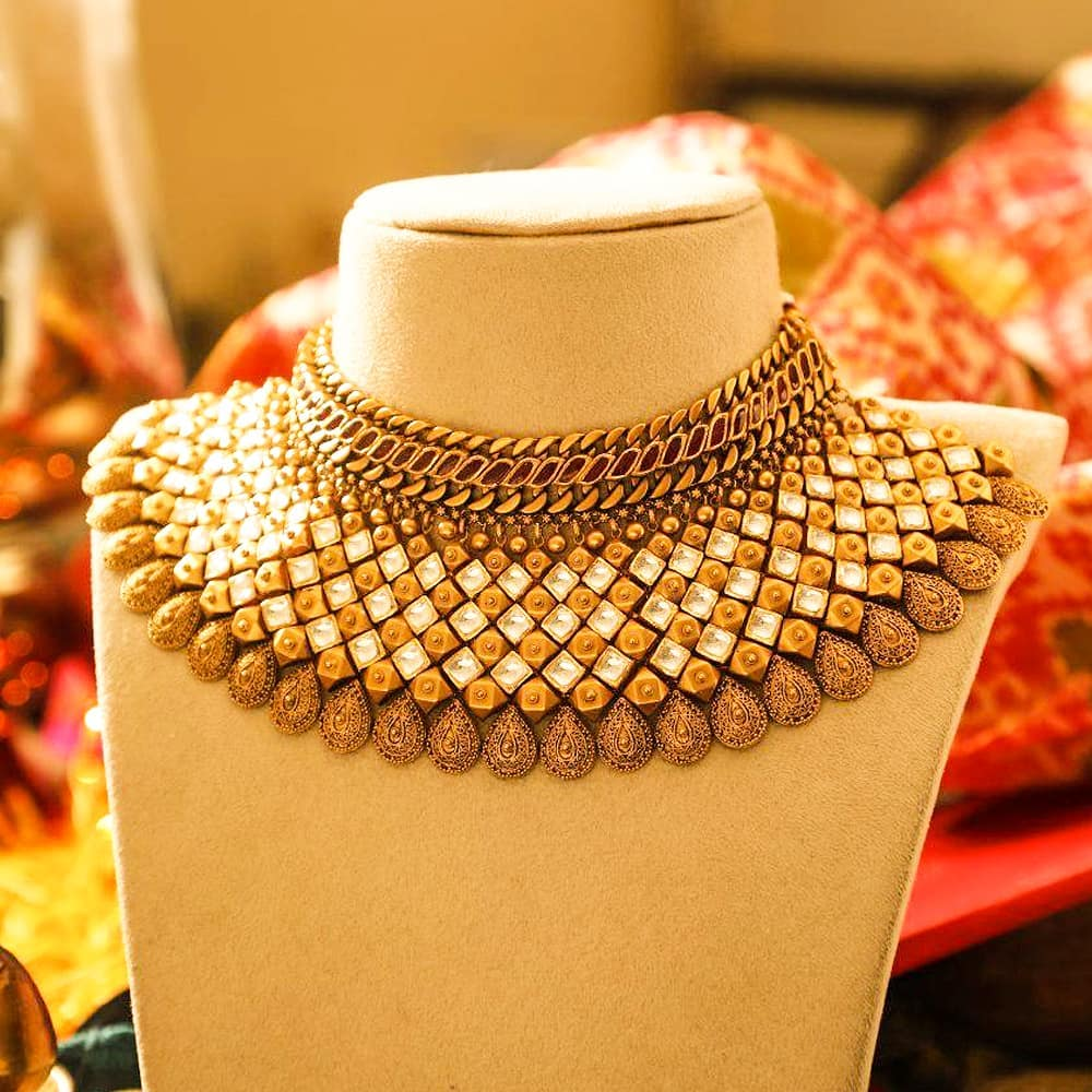 Antique Gold Bridal Choker From Manubhai Jewels