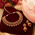 Amazing Gold Necklace Set From Manubhai Jewellers