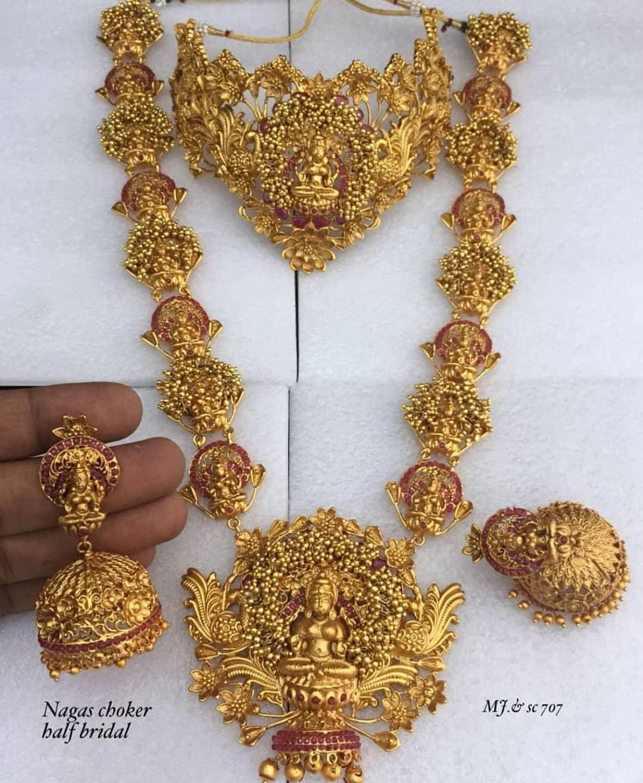 Adorable Bridal Set From Dhruvam