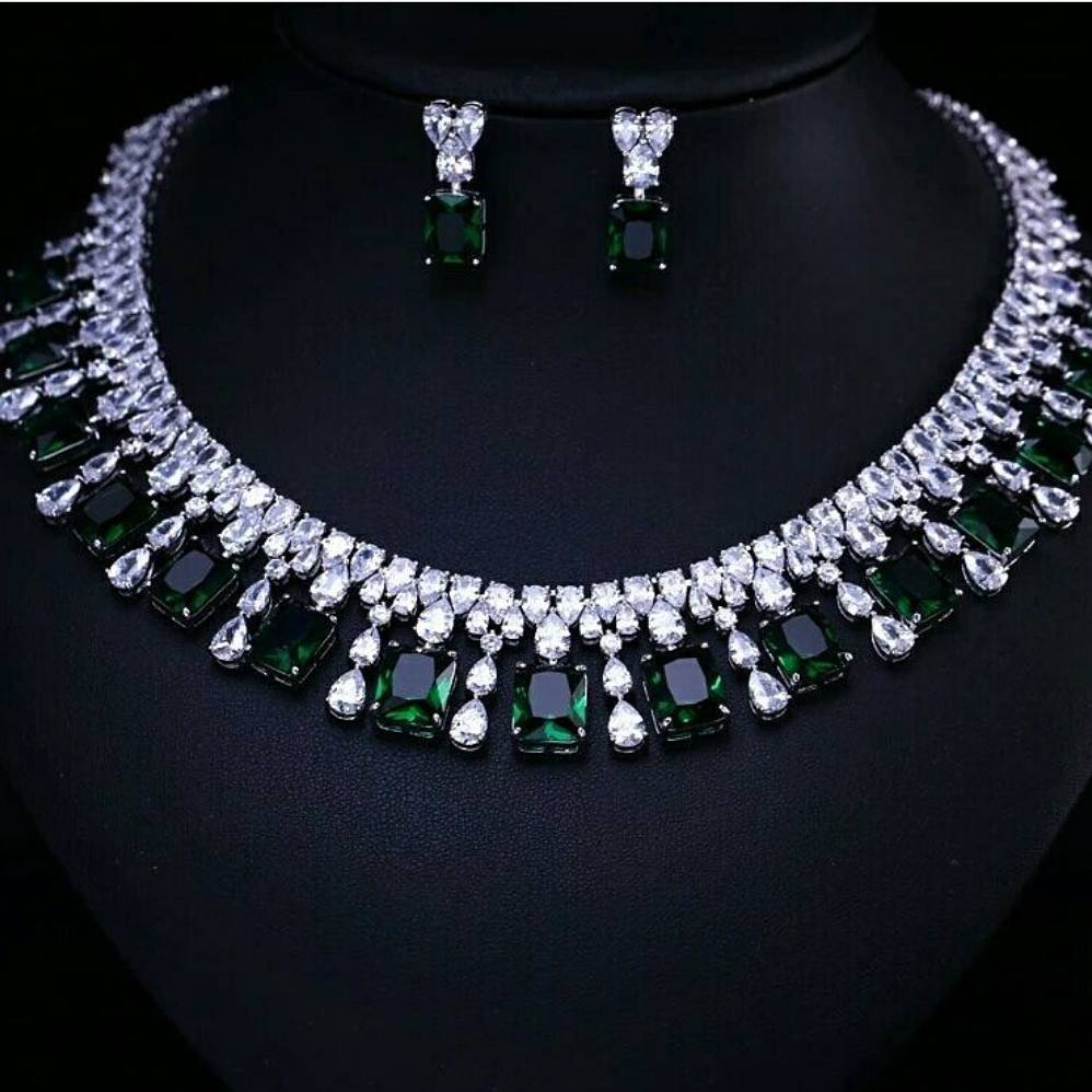 Classic Diamond And Emerald Necklace From Aarni By Shravani