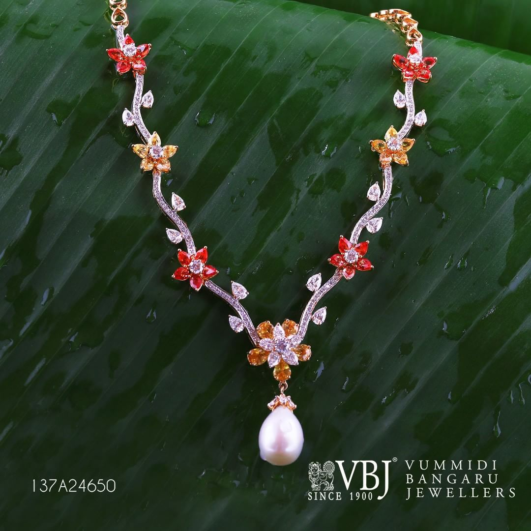 Trendy Gold Necklace From VBJ