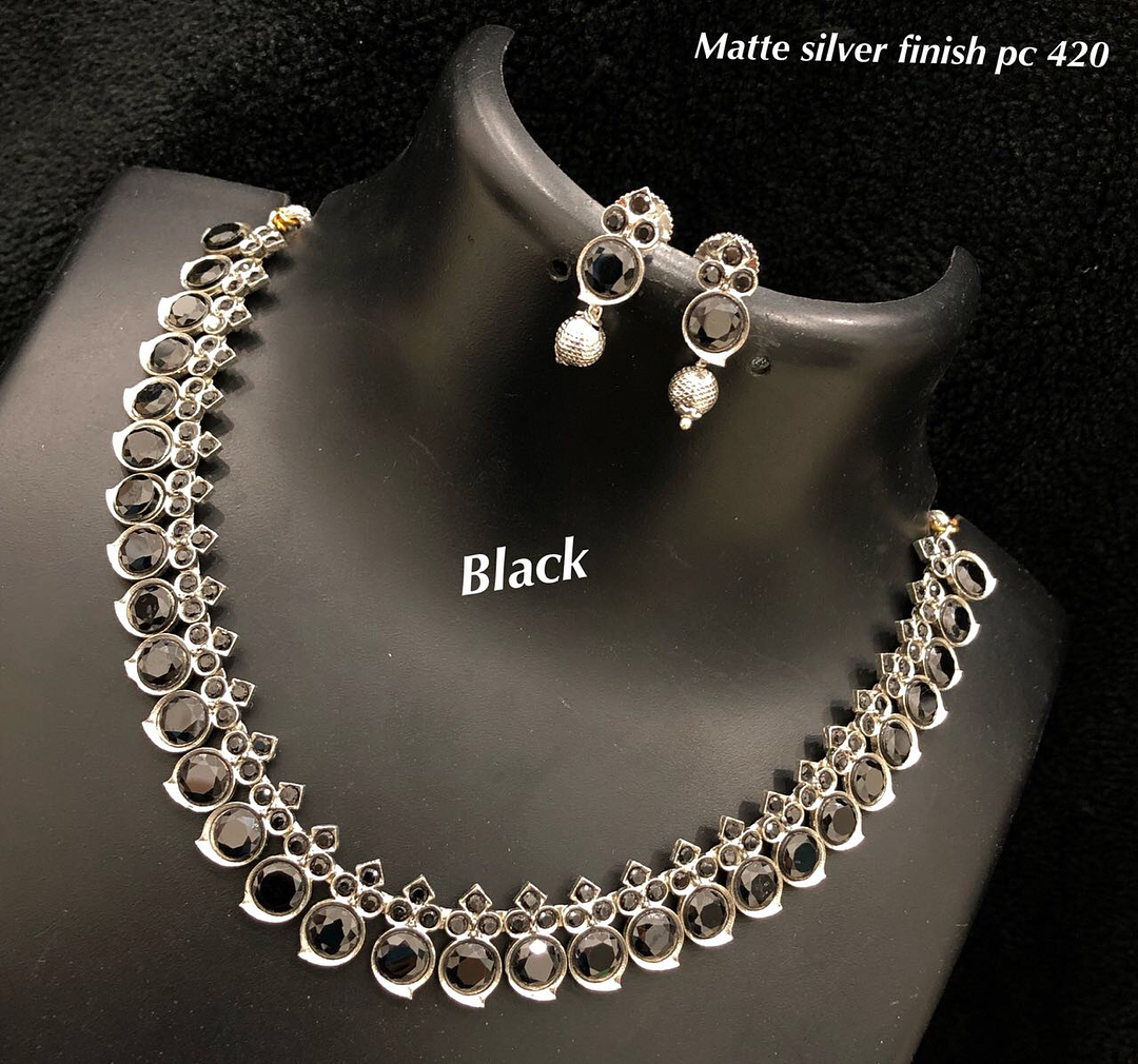 Designer Black Necklace From Ethniq Diva