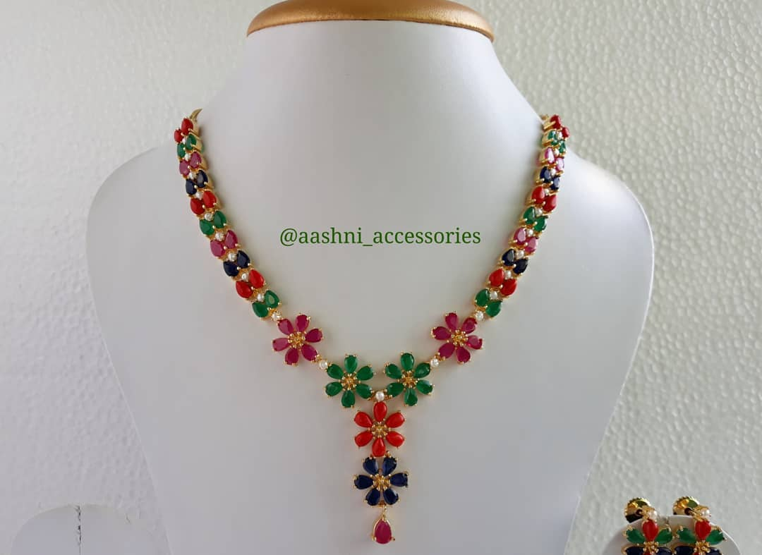 Trendy Necklace Set From Aashni Accessories